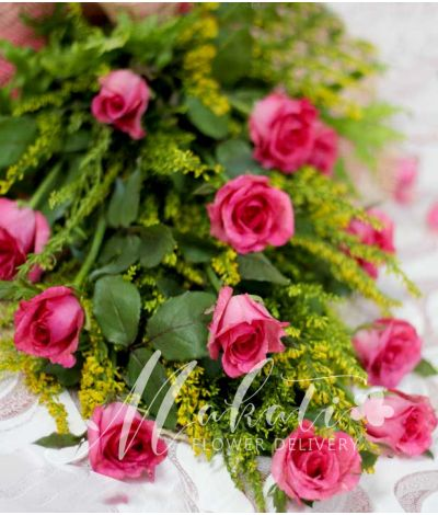 1 Dozen Pink Roses (Arm Bouquet)
