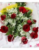 1 Dozen Red Rose (Arm Bouquet)