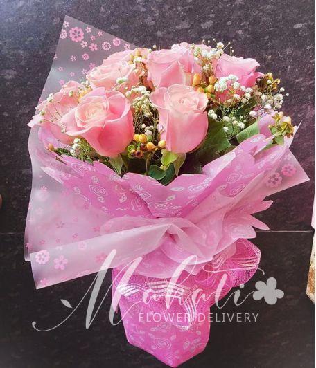 1 Dozen Pink Ecuadorian Roses